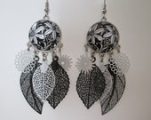 prints and black and white flower pattern cabochon earrings