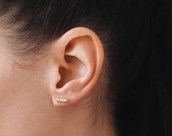 Delicate studs, Line Earrings, Bar stud earrings, Minimalist Jewelry, Delicate stud earrings, E010