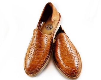 274df6943ee46b mens huarache sandal dominoes
