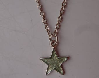 Glittering Silver Star Pendant Vintage Chain Link Necklace