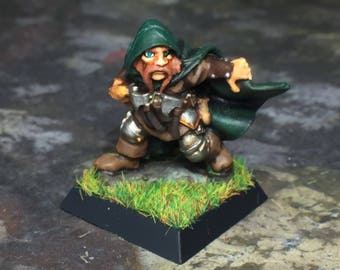 Dwarf Ranger Miniature - (Hand Painted for Mini Dungeons and Dragons, Pathfinder)