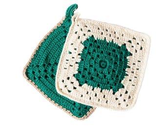 Crochet pot holders, square