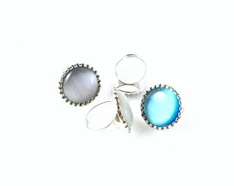 Ring Metal ring - silver - with Cateye - grey - circular (± 26mm) Cabochon, adjustable able 18-20 mm
