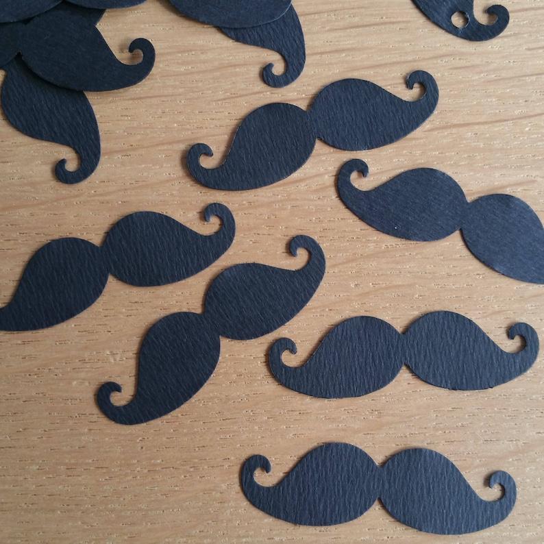 Pack of 100 confetti table black moustache