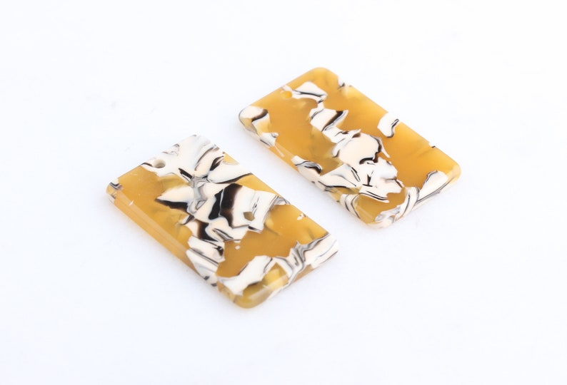 Yellow Acetate Charm 2 Yellow Dog Tag Pendant Military Dog Tag Blanks Rectangle Bar Pendant DX042-34-YWB Tortoise Shell Necklace Blanks
