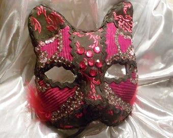 Venetian mask, cat shades of red velvet mask