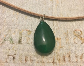 Dark Green Teardrop Necklace