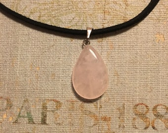 Light Pink Teardrop Necklace