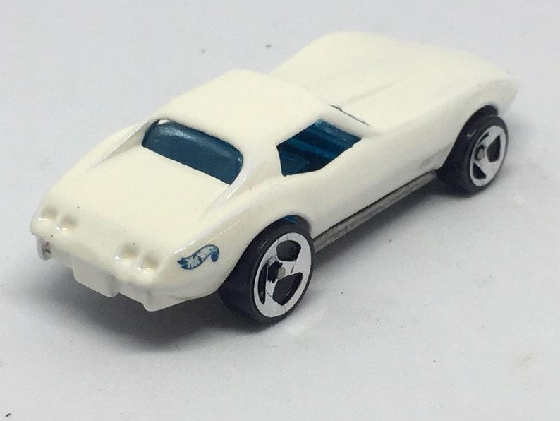 Corvette Stingray Hot Wheels 1:64 Die Cast Vehicle from Mattel