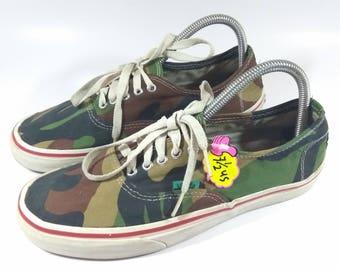 65f671fcdb Rare Vintage Retro Vans CAMO Colours Snearkers   ARMY Colour Shoes Size 9US.