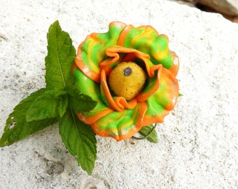 "Very large flower ""fruit salad"" cabochon PEAR"