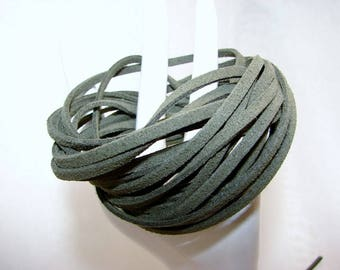 """5 meters of green suede """"khaki"""", 3 mm on 1 mm imitation suede."""