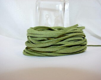 """5 Metters green suede """"fine"""", 3 mm on 1 mm imitation suede."""