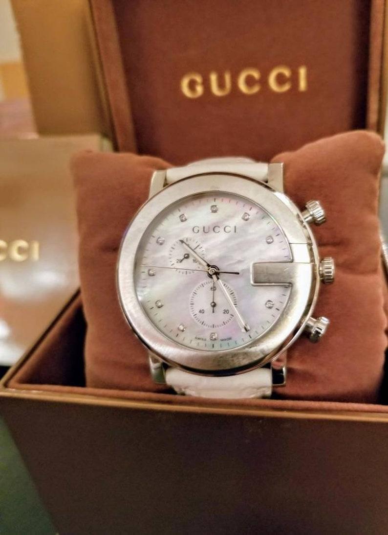 83b6a3deb20 Gucci quartz white leather Mother of Pearl diamond g-chrono