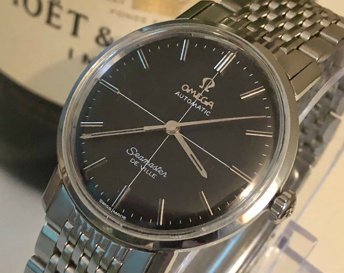 Omega Seamaster De Ville vintage watch Mechanical Automatic cal 565 steel black dial crosshair 1960s used second hand + Mint Box