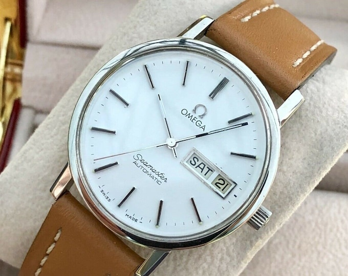 Omega Seamaster 1970s vintage Day Date automatic Cal 1022 mens steel stunning condition watch + box