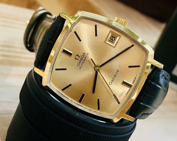 Omega Mens 1974 vintage Geneve used Square Dial Automatic Gold Date watch + Box