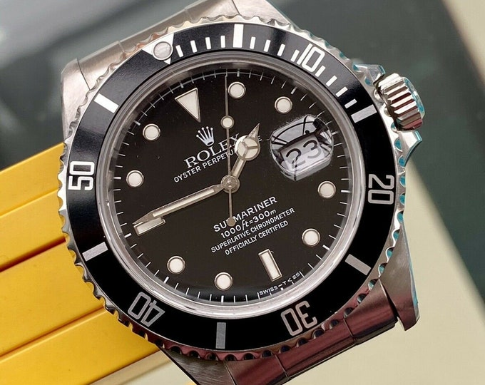 Rolex 16800 Submariner Date 1987 Vintage Men's Automatic watch Serviced October 2020 wristwatch + Box