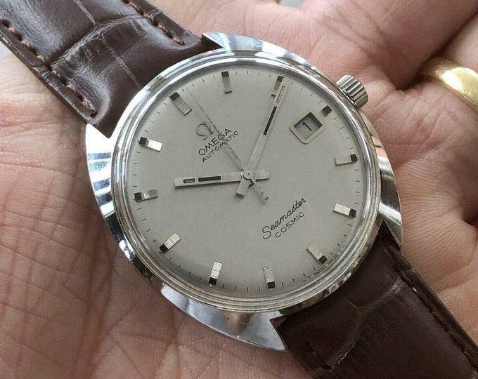 Omega Mens Seamaster Cosmic Date 1967 Steel vintage Grey Dial Automatic Calibre 565 166026 watch + New Box