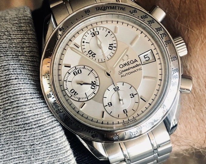 Omega Speedmaster Silver White Dial Men's Date reduced 39mm Automatic 2001 watch + Box