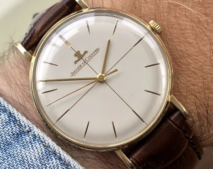 Jaeger Lecoultre JLC Mens Solid Gold Vintage Mechanical Hand Winding Crosshair Dial Face Swiss made dress 33mm watch + Box + Papers