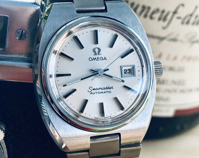Omega lady Seamaster Calibre 684 Automatic Steel bracelet Date 1976 watch + Box