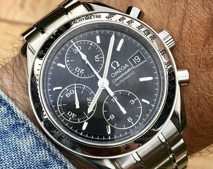 Omega Speedmaster Black Dial Men's chronograph reduced Automatic 39mm watch + Papers / warranty cards + Box