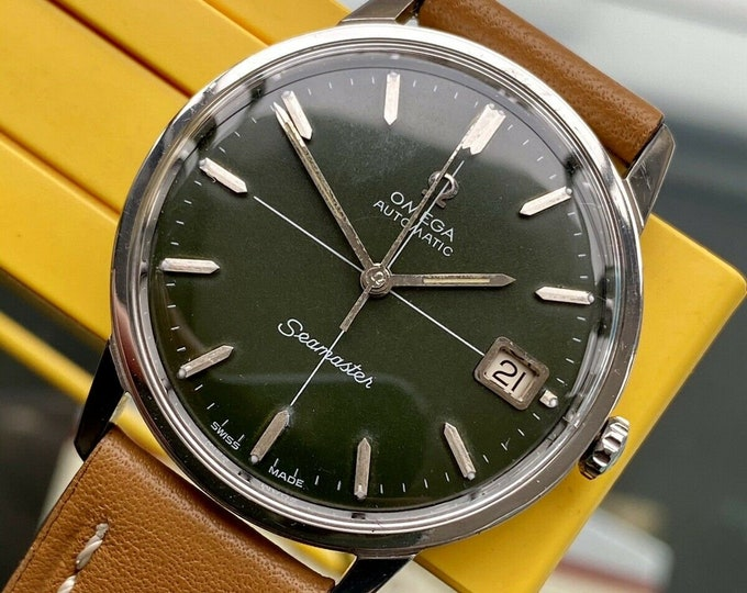 Omega Seamaster Green Dial Steel Mens Vintage 1966 Automatic Stunning serviced November 2020 watch