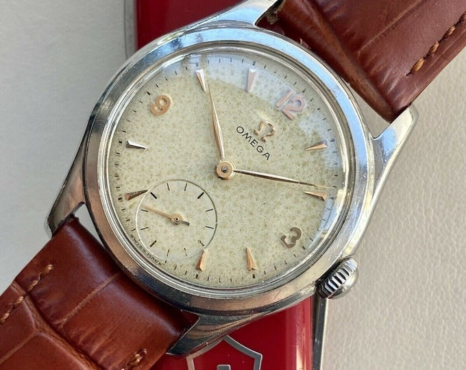 Omega Classic vintage Classic Steel Sub Seconds Dial mens 1952 used 32mm watch