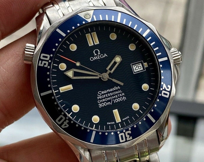 Omega Seamaster 300 Pierce Brosnan 300m 41mm Full Size James Bond 007 Automatic Caliber 1109 mens Serviced August 2021 Swiss used 1999 watch