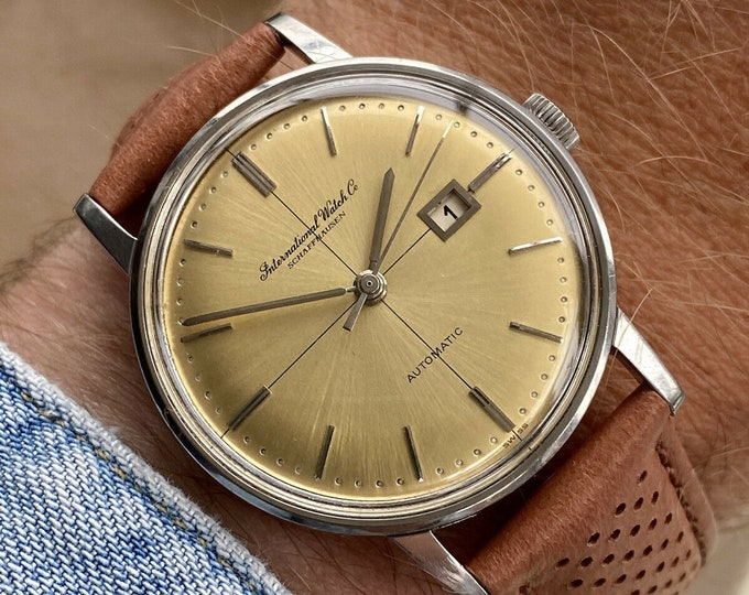 International Watch Company IWC Vintage Mens Champagne Dial Automatic Serviced May 2021 watch