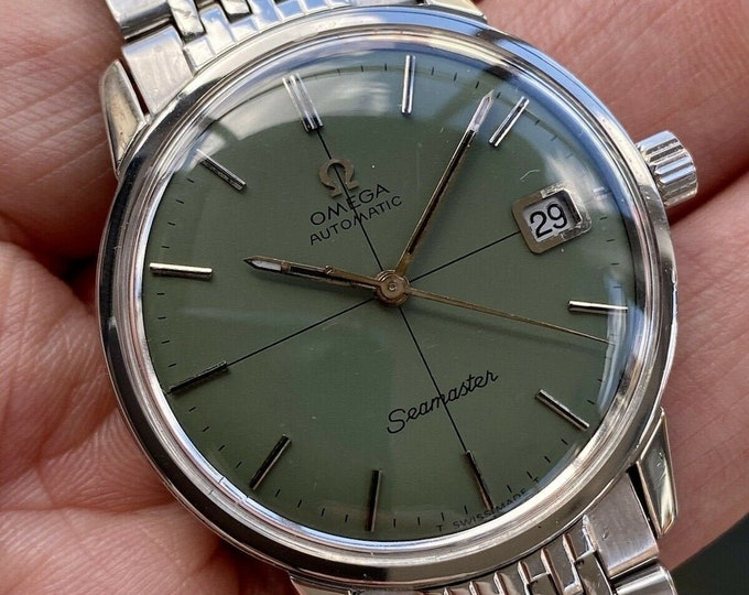 Omega Seamaster Steel Bracelet Vintage Mens Date Green dial serviced March 2021 watch