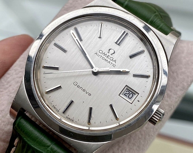 Omega 1973 vintage Geneve Steel Mens Automatic Caliber 1012 green leather watch