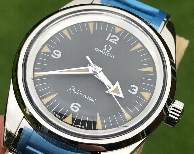 Omega Railmaster Co-Axial Chronometer Black 60th Anniversary 38mm 55 hr Automatic Cal 8806 Box 200.10.38.20.01.002