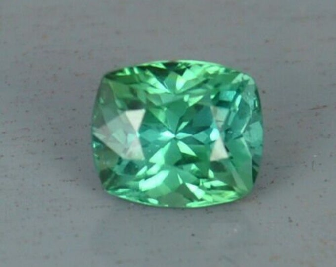2.70Ct FLAWLESS Green Cushion cut Tourmaline Gemstone 8mm x 7mm x5mm paraiba origin Paach Mine, Pakistan - very near the Kashmir border