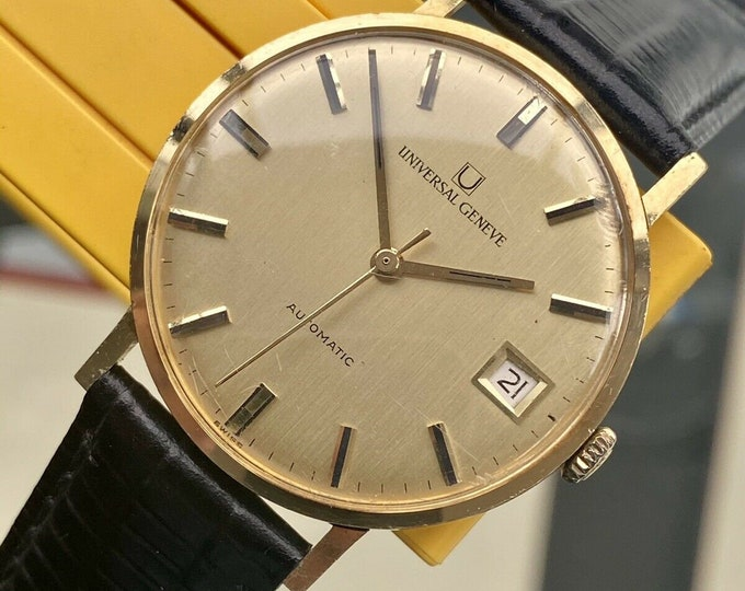 Universal Geneve Champagne Dial Solid 18K Gold Automatic vintage 34mm mens watch