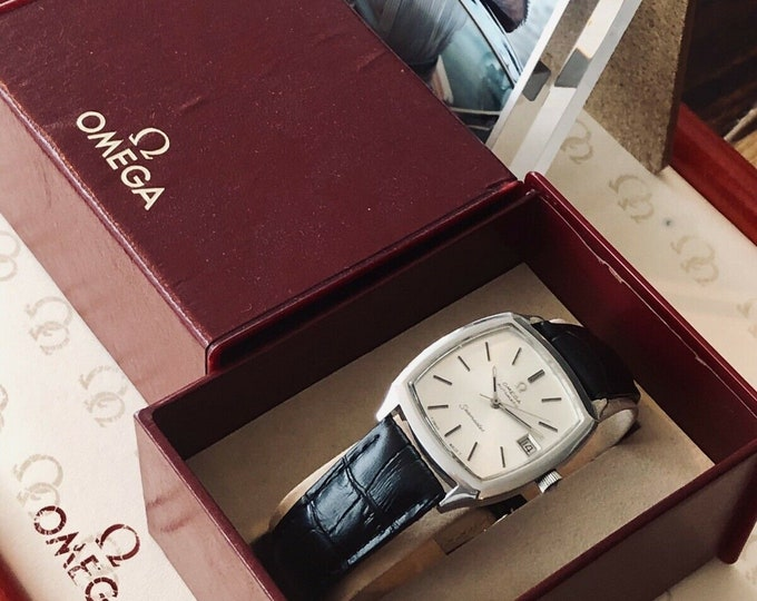 Omega Seamaster Vintage 1970s Square Dial Automatic Steel Date Mens watch + Box