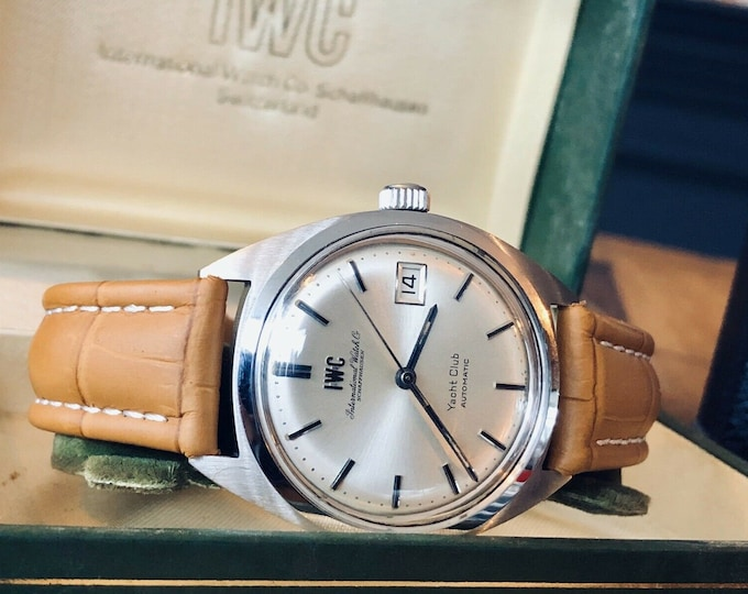 IWC Yacht Club 1970 Steel Vintage Mens dress Automatic steel watch + box