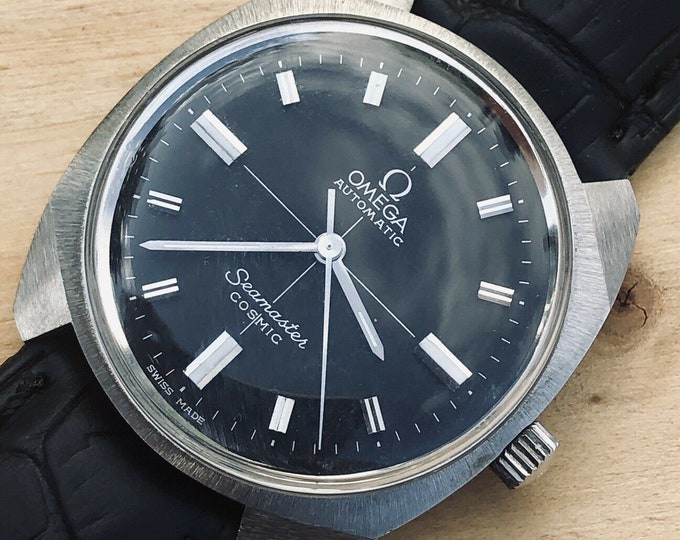 Omega Mens Seamaster Cosmic Automatic Black Dial crosshair Calibre 552 1967 vintage  Automatic watch + box