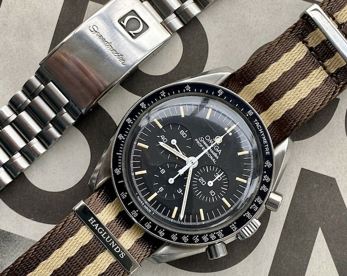 Omega Speedmaster 1992 Moonwatch Mechanical Cal 861 Men's Bracelet watch + Grey Box