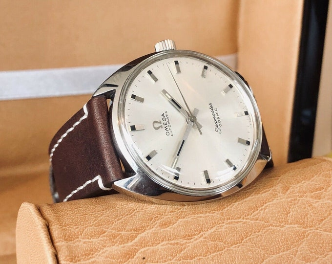 Omega Seamaster Cosmic Automatic Steel Dial vintage mens 1960s watch + Box