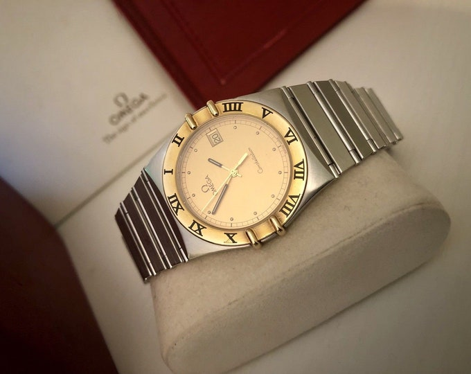 OMEGA Mens Constellation gents Classic vintage 1998 Quartz battery 18K Gold Bezel nice condition watch womens unisex + Box and papers