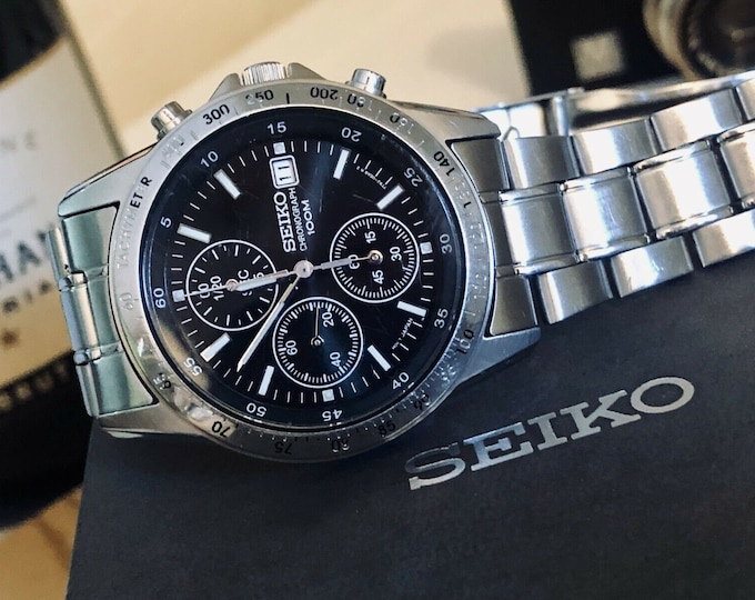 Seiko 39mm stainless steel 7T92-0DW0 Chronograph Date Quartz Men's Watch + papers + box