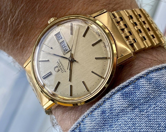 Omega Gold Plated Bracelet 1977 Day Date Men Vintage Automatic original Papers watch + New box