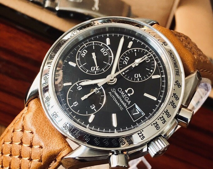 Omega Speedmaster Black Dial Men's chronograph reduced Automatic watch + Box