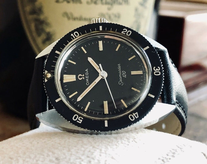 Omega Seamaster 120 Stainless Steel Divers Dial Face Vintage midsize lady unisex serviced March 2020 watch + New Box