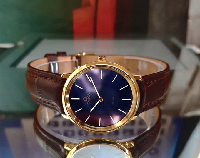 Omega Mens De Ville Mechanical Cal 625 17 Jewels Blue dial vintage 1970's 18K Gold plated wrist watch + Box