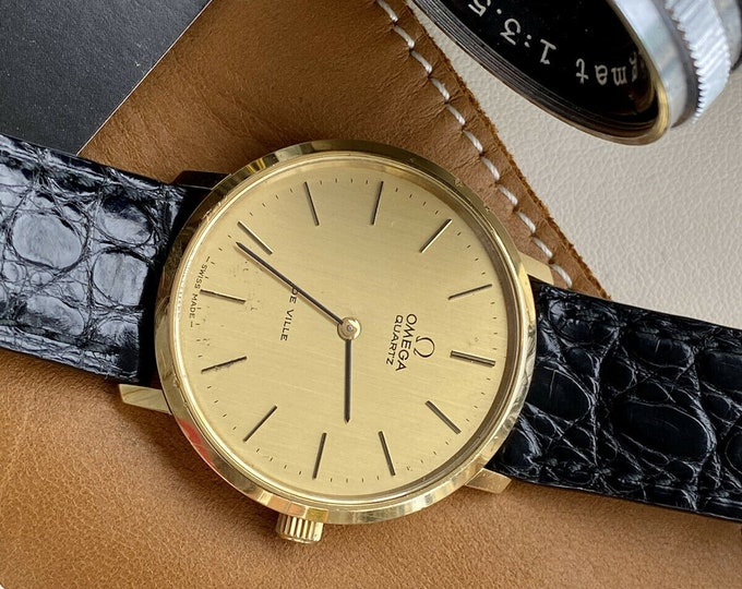 Omega De Ville Quartz Battery Gold Steel Vintage Men's Black Leather watch case