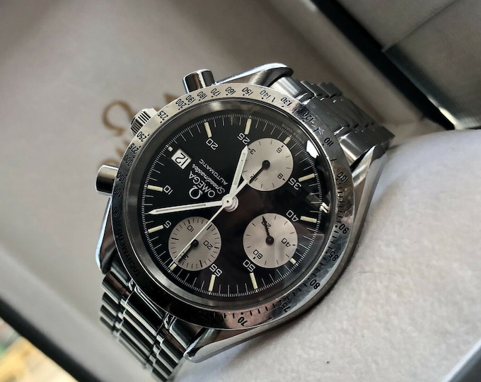 Omega Speedmaster Black Reverse Panda Dial Men's reduced Caliber 1155 Automatic second hand used 1996 Swiss made Chronograph watch + Box