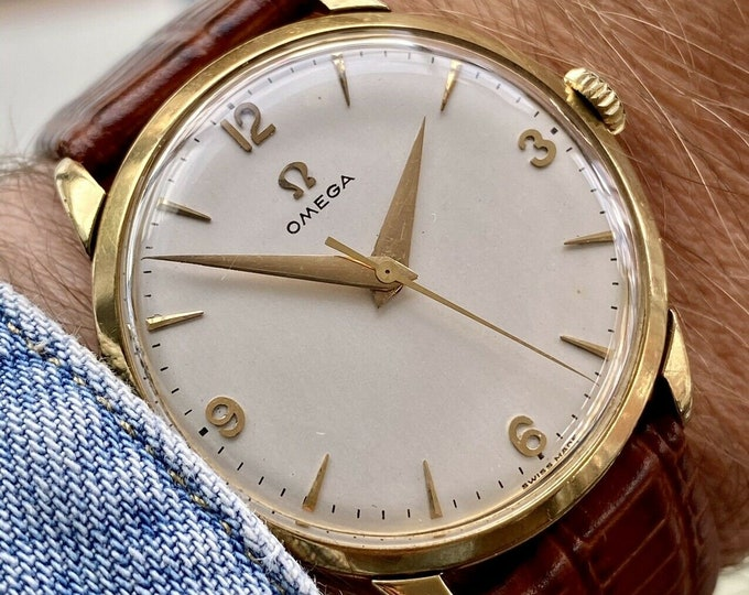 Omega Antique 18K / 0.750 Solid Yellow Dial Mens Vintage 1956 Hand Winding Cal 284 TRÉSOR Ref OT 2895 watch
